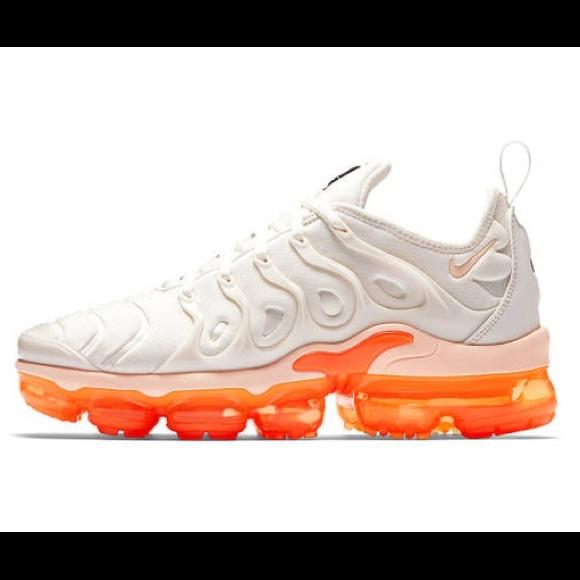 634d7fb27a24d Nike Vapormax Plus Creamsicle Size 5.5W